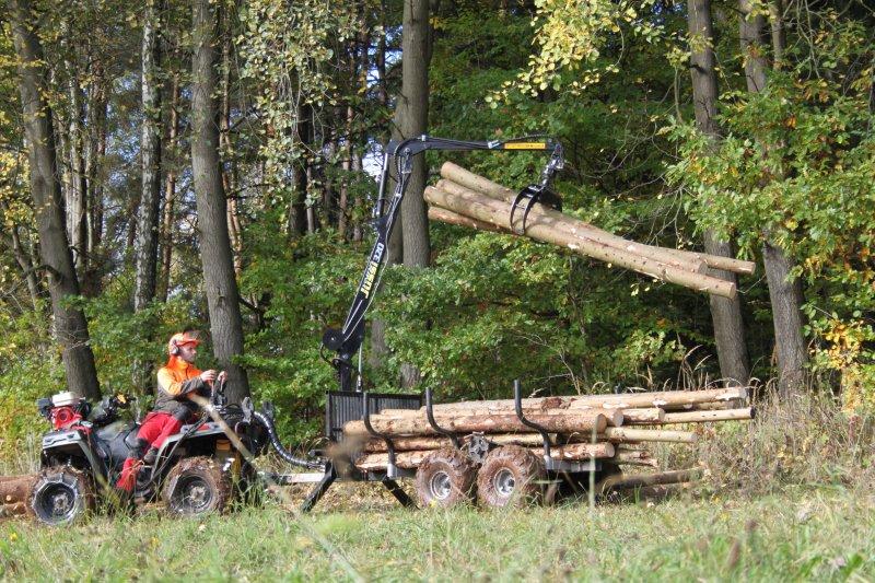 Vyvážačka dreva Vahva Jussi 320