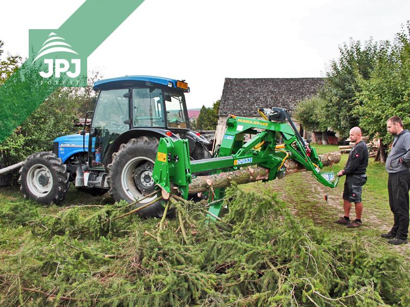 Traktorový procesor Niab nesený traktorom Solis