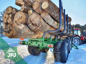 Vyvážačka dreva Farma T17